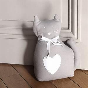 Cale Porte Tissu : cale porte chat gris maisons du monde couture pinterest ~ Teatrodelosmanantiales.com Idées de Décoration
