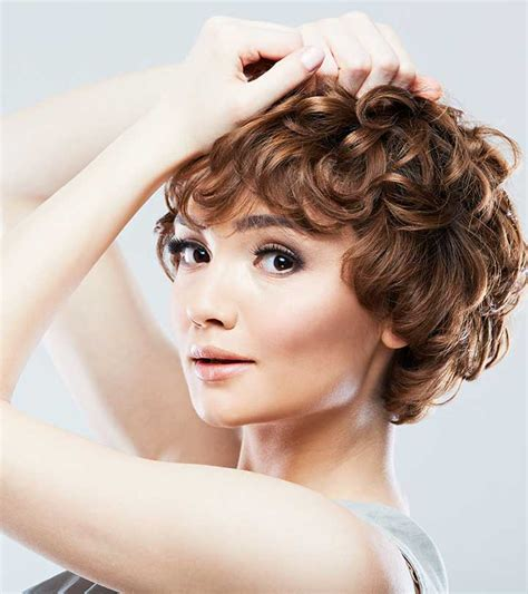 50 chic curly bob hairstyles with images and styling tips