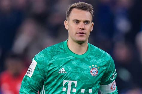 27.03.1986) is a german goalkeeper who became part of the fc bayern squad in 2011. Transferts - Mercato : Manuel Neuer peut-il vraiment quitter le Bayern Munich ? - France Football