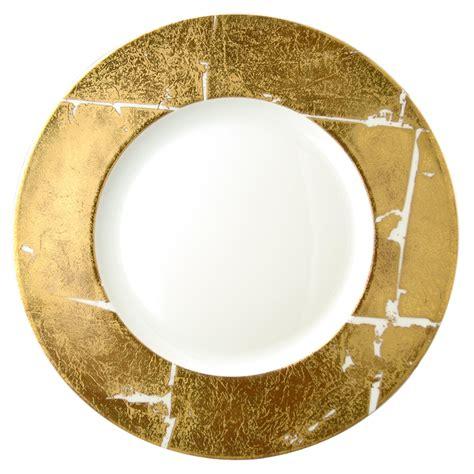 assiette de présentation vaisselle bernardaud assiette presentation feuille d or
