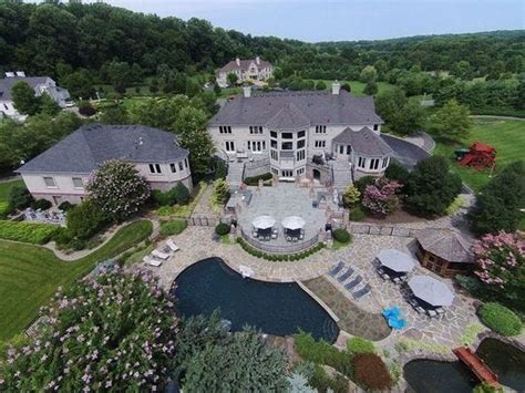 Bon Jovi Pad Among Hottest Homes