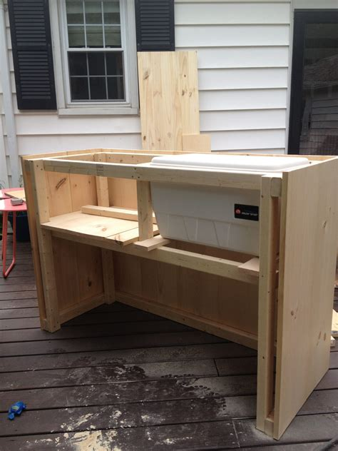 Diy Bar by Diy Outdoor Bar With Built In Cooler
