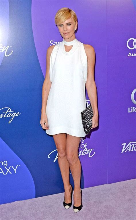 Charlize Theron Best 60s Style From Charlize Theron S Best Looks E News