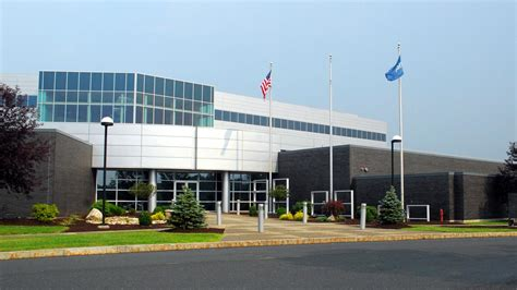 Pitney Bowes signs new lease at Rensselaer Technology Park ...