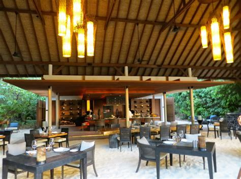 Park Hyatt Maldives Island Grill Restaurant Review