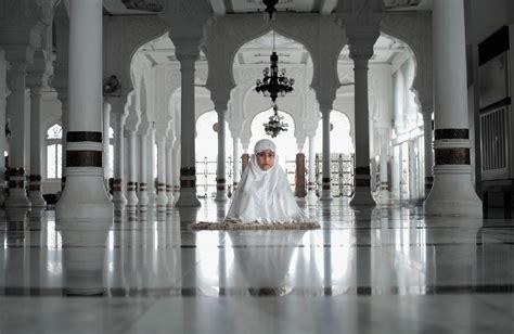 islamic values aleghath aleslamy aabr alaaalm mnthm