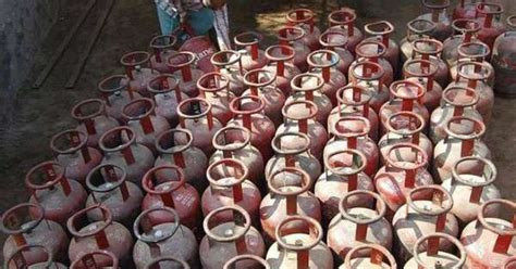 LPG cylinder's home delivery will now need OTP from Nov 1 ...