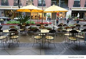 Architecture: Restaurant Seating - Stock Photo I1176546 at FeaturePics