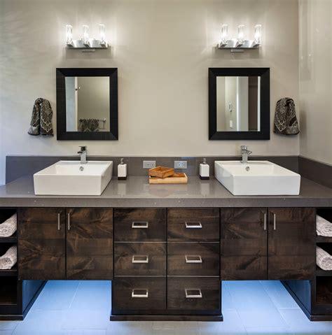 eclairage mural salle de bain l 233 clairage pour la salle de bain multi luminaire