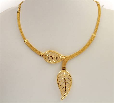 simple wedding gold necklace designs labels kerala jwellery necklace designs latest necklace