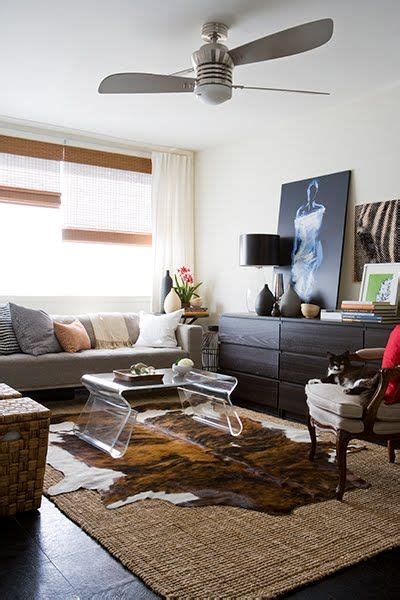 Cowhide Rug On Carpet by 17 Best Ideas About Cowhide Rug Decor On Cow