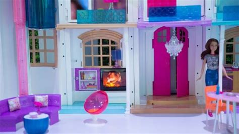 Barbie Living Room Playset by Even Barbie Gets A Smart Home And A Drone In 2016