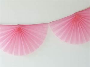 Guirlande En Papier Crépon : guirlande rosace en papier deco mariage anniversaire achat vente ~ Melissatoandfro.com Idées de Décoration