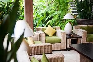 lounge ecke im garten oder auf dem balkon With französischer balkon mit lounge ecke garten
