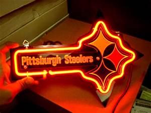 Wiki Neon Sign Blog NFL PITTSBURGH STEELERS FOOTBALL BEER