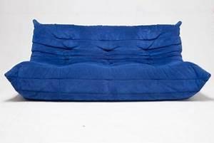Canapé Bleu Roi : togo ligne roset 3 places bleu roi dar usaa sal n pinterest fonts alex o 39 loughlin and saints ~ Teatrodelosmanantiales.com Idées de Décoration