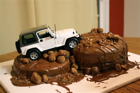 happy birthday jeep images the traveling spoon dabbling in decorating jeep cake
