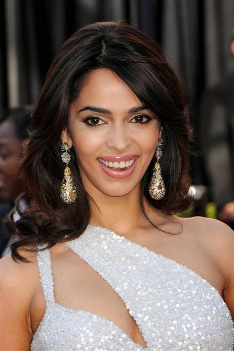 Mallika Sherawat Desktop Wallpapers by Mallika Sherawat Hd Wallpapers High Definition Free
