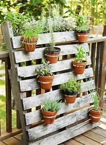Pot A Accrocher : 1001 tutoriels et id es pour fabriquer une jardini re en palette ~ Teatrodelosmanantiales.com Idées de Décoration