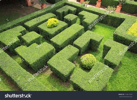garden top a top view of a garden maze stock photo 114617410 shutterstock