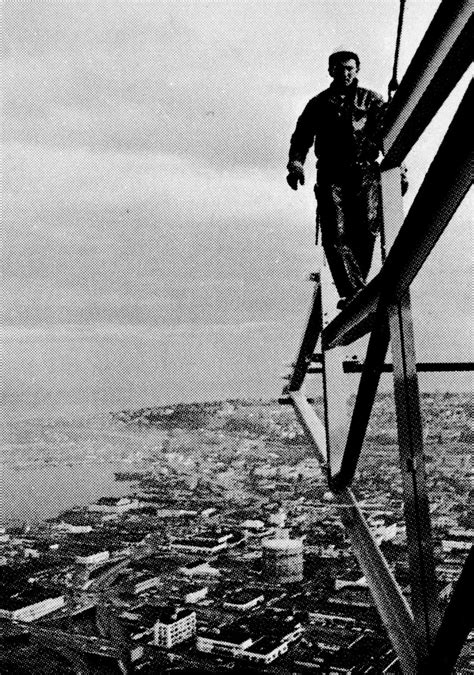 stunning  capture workers  built space needle