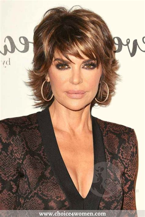 15+ Hottest Short Hairstyles for women Over 50 to Look Younger