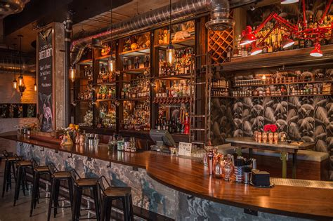 Bar Miami by Best Bars In Miami From Dive Bars To Cocktail Lounges