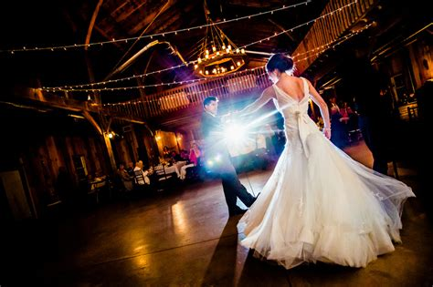 amazing wedding  dance songs ideas  spotlight band