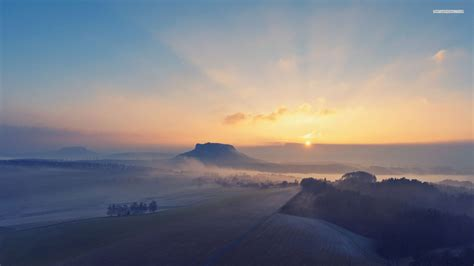 Download Wallpaper For 750x1334 Resolution  Foggy Sunrise
