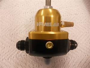 Find Hilborn Electronic 8 Stack Fuel Injection For Bbc