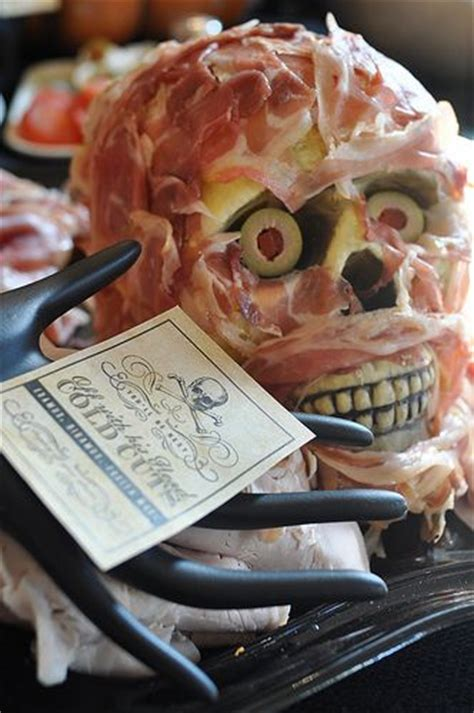 Halloween Appetizers For Adults by 20 Cheap And Easy Last Minute Halloween Party Ideas