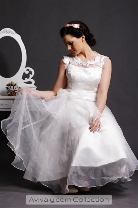 lola lace organza ball gown  sash belt avivaly