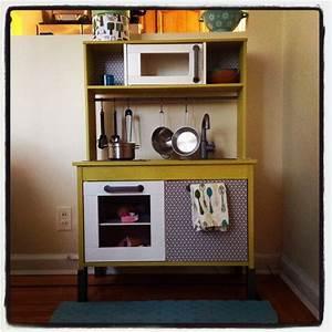 les 223 meilleures images du tableau dinette sur pinterest With kitchen cabinets lowes with papier cadeau enfant
