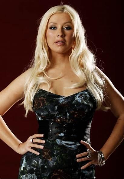 Christina Aguilera Santos Suka Singer Tidak Akui