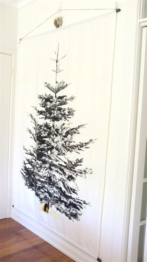 Christmas Decorating Update 4a Wall Christmas Tree