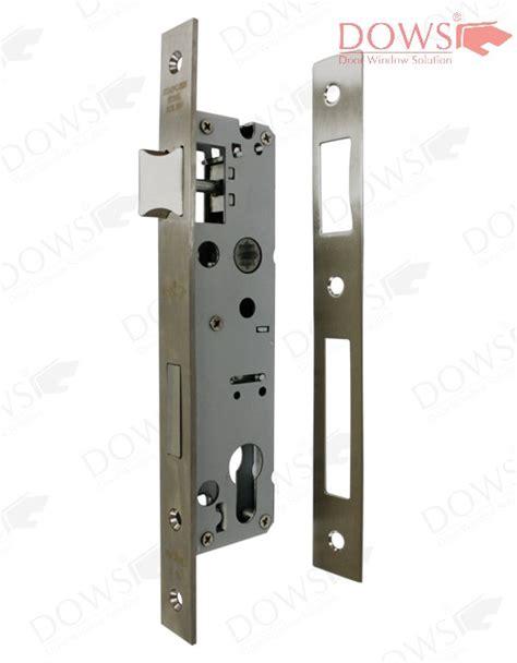 kunci slot pintu dan harga handle pintu kupu tarung di lung