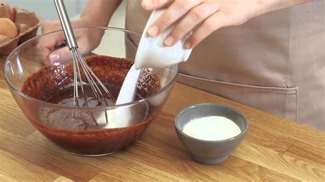 cours de cuisine chocolat recette de l 39 incontournable fondant au chocolat tuto