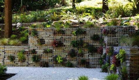 Deko Mauer Im Garten by Gabionen Als Deko Im Garten Eine Mauer Mit Pflanzen