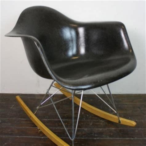 eames herman miller rar rocking chair in black on zinc