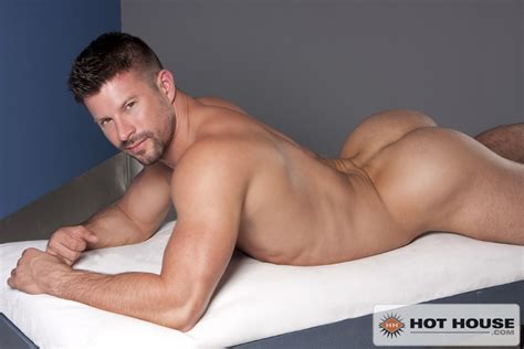 Sweet Assed Porn Hunk Kyle King Male