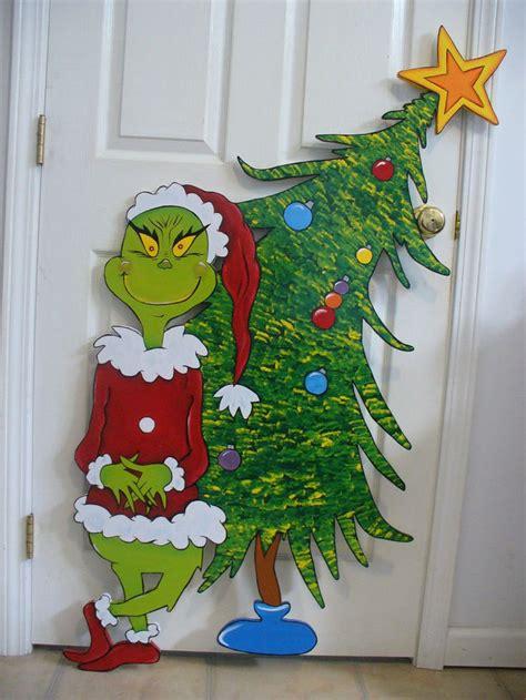 grinch christmas decorations ideas  pinterest