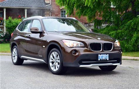 suv review  bmw  driving