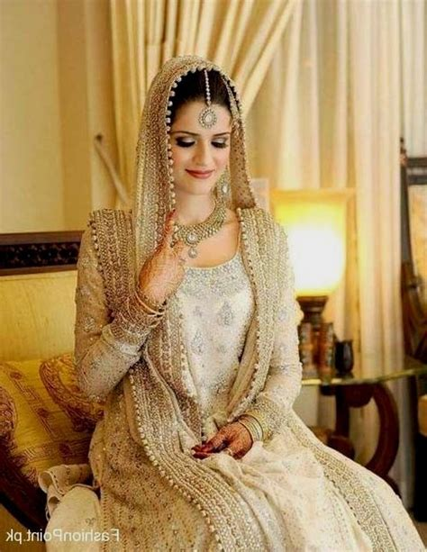 white and gold indian wedding dresses ~ Indian Wedding