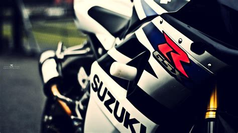 Suzuki Backgrounds by Superbike Wallpapers Wallpaper Cave