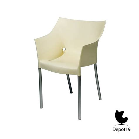 design stoel philippe starck dr no kartell lavendel depot 19