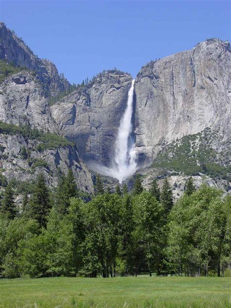 Yosemite Falls World Waterfalls