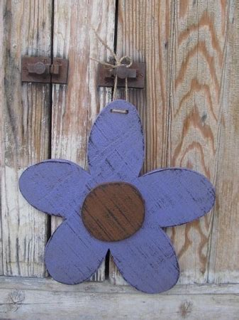 primitive hanging wooden daisy flower head  options