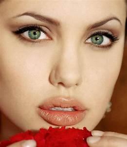 Maquillage Mariage Yeux Vert : quelles couleurs porter en fonction de la couleur de vos yeux ~ Nature-et-papiers.com Idées de Décoration