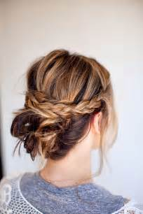 20 Easy Updo Hairstyles for Medium Hair - Pretty Designs