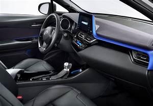 Toyota Yaris Hybride Chic : toyota c hr hybride int rieur la sophistication au grand jour ~ Gottalentnigeria.com Avis de Voitures